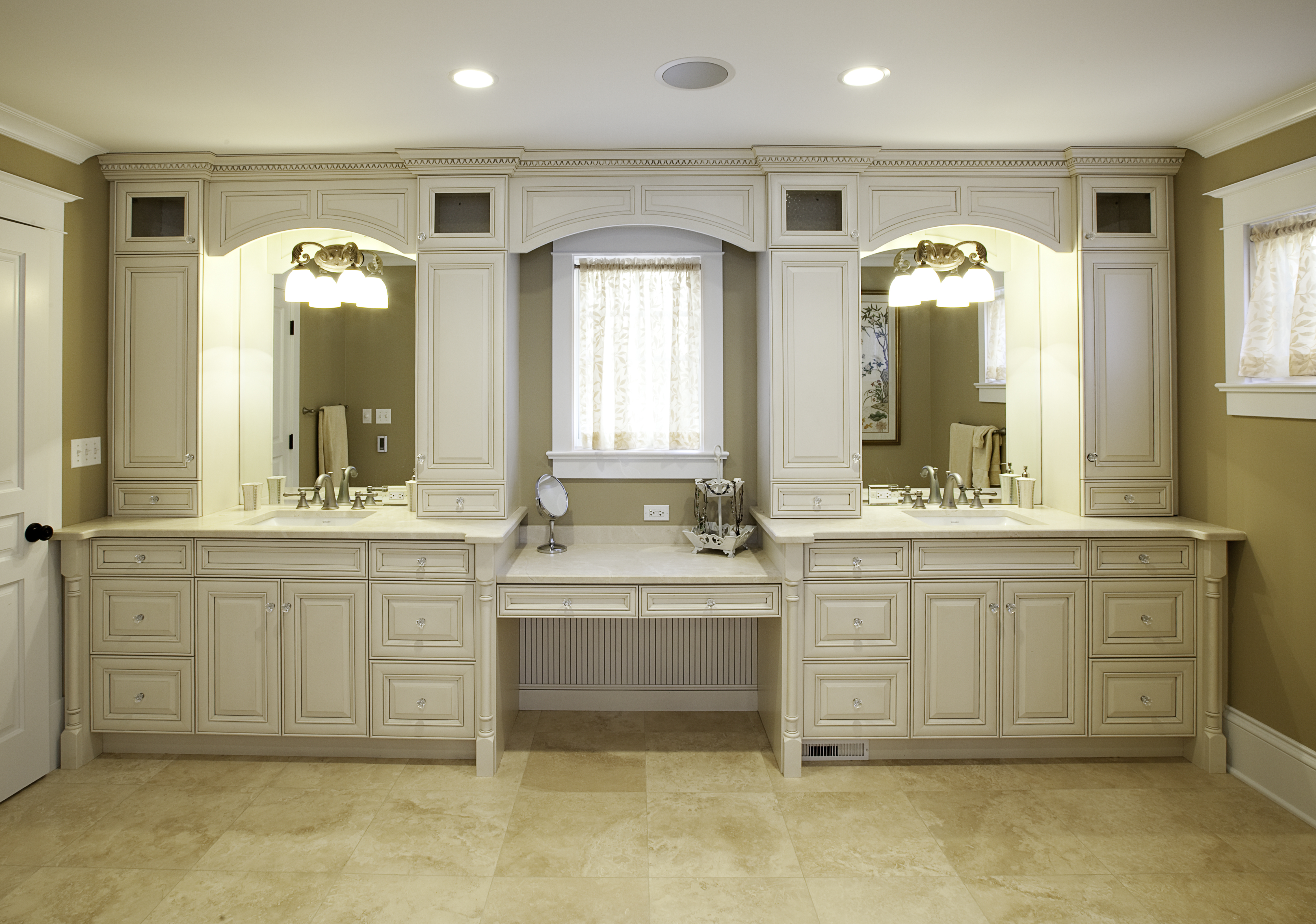 Kitchen Cabinet Bathroom Vanities Heights Builders Cabinet Supply intended for proportions 4656 X 3270